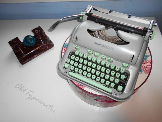 St. Patrick's Day Sale  20% // Vintage Working by OldTypewriters