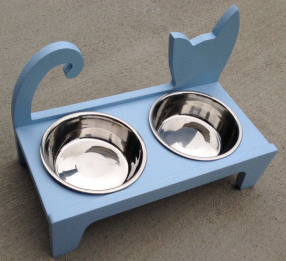 Elevated Cat feeder от WoodAndMoreDesigns на Etsy