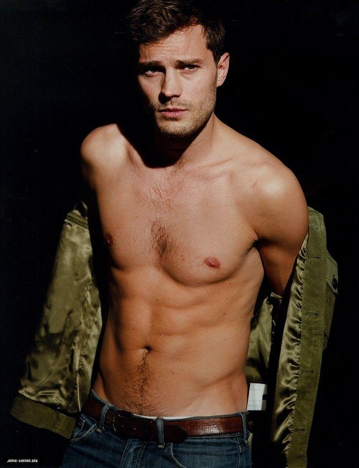 Shirtless Zac Efron at MTV Movie Awards is everywhere…But… | Jamie Dornan News