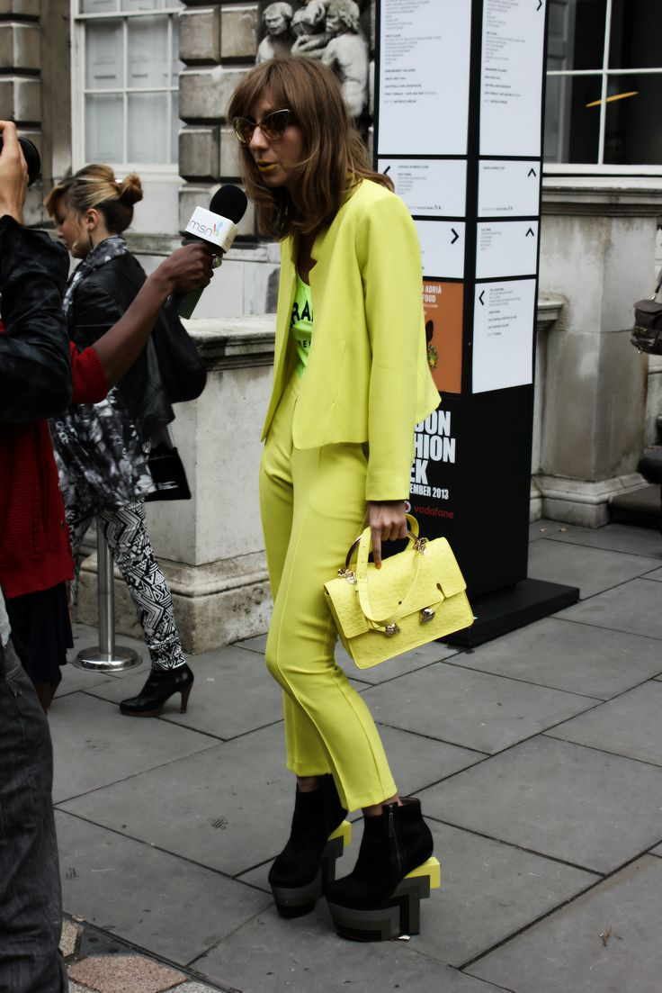"""MELLOW YELLOW"" #cateyes #twopiece #trousersuit #streetstyle"