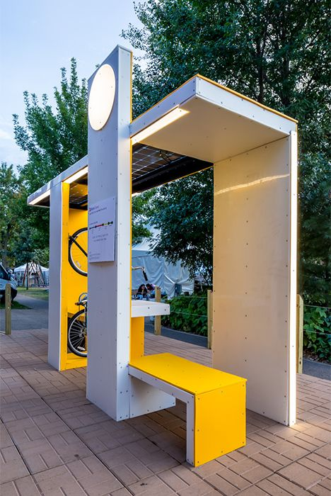 Millenial Bus Stop | 4RM+ULA                                                                                                                                                     More