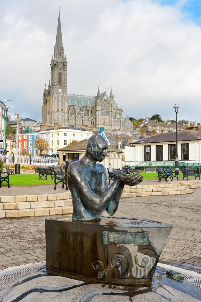 Cork to Cobh - 4 ways to travel via train, line 200 bus, taxi, and