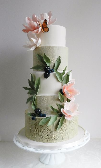 Vintage Whimsy | Cake by The Cake Whisperer.