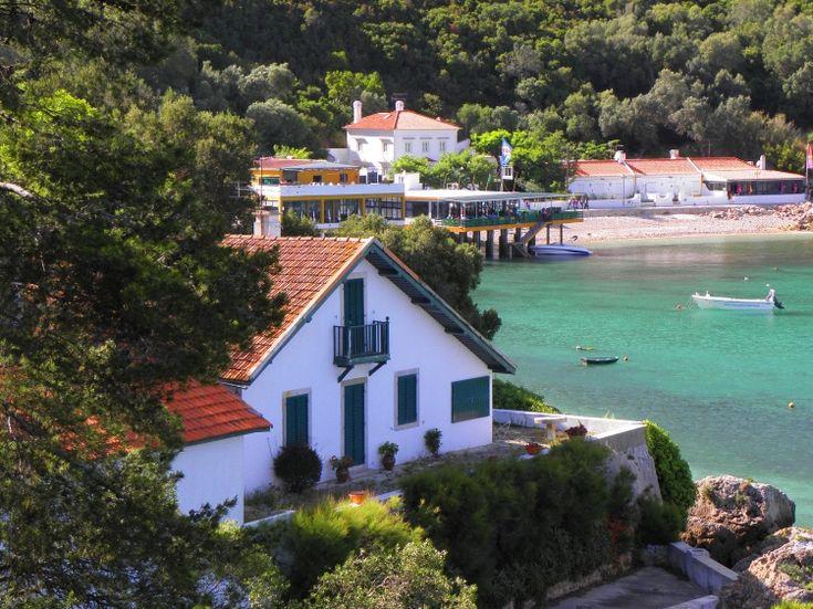 Baía do Portinho da Arrábida, Portugal | Fotografia de Luigi Pinto Leite | Olhares.com