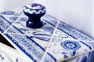 Декупаж и имитация плитки в голландском стиле