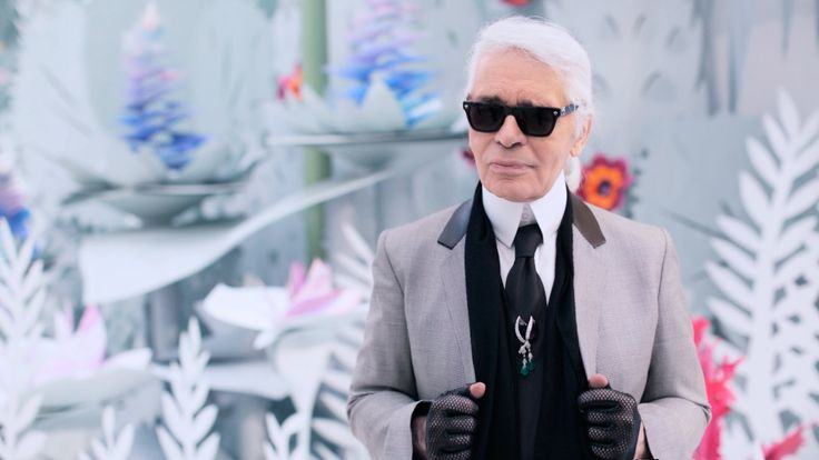 Oh Karl! So cute. I don't get to hear him speak very often. Karl Lagerfeld's Interview - Spring-Summer 2015 Haute Couture CHANEL show