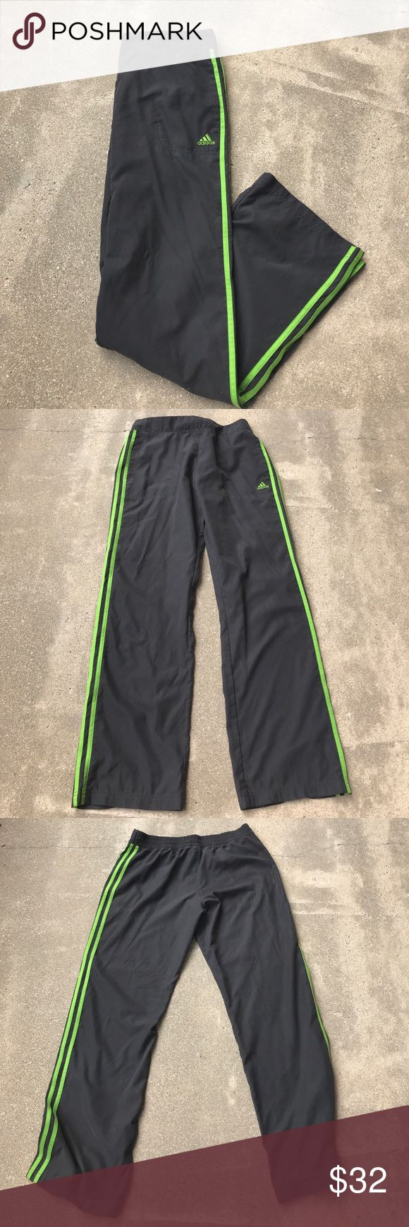 Adidas Gray and Green sweatpants 💚 Adidas Gray and Green sweatpants 💚 Size: M Great used condition! features elastic waistband and pockets! Perfect for working out or just hanging out! Matching jacket is listed in my closet! bundle to receive 15% off!! adidas Pants Track Pants & Joggers