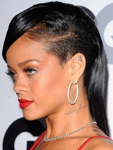 rihanna new hair style rihanna undercut hairstyle of the week 1623 | 8456d1dca3851d28fd049155591e079c growing out hair growing out an undercut