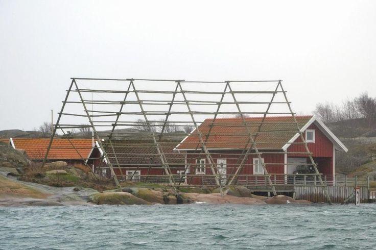 Bovallstrand har redan en. Hunnebostrand likaså. Nu ska även Smögen få en vadbock som en tydlig påminnelse om gamla tiders omfattande fiskenäring.