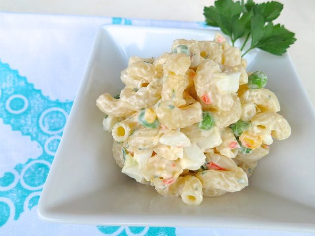 http://www.mylilikoikitchen.com/2013/03/10/simple-macaroni-salad/ SIMPLE MACARONI SALAD