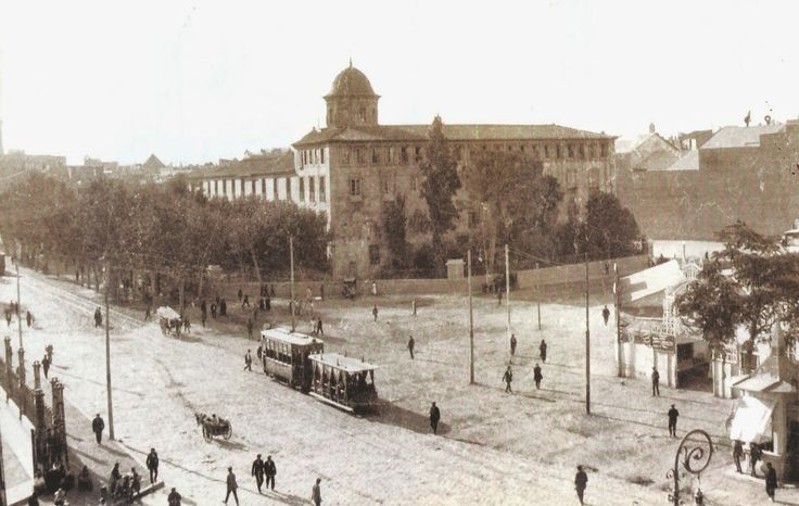La calle Játiva y la avenida del Marqués de Sotelo, en el centro el actual I.E.S. Luis Vives. 1924.