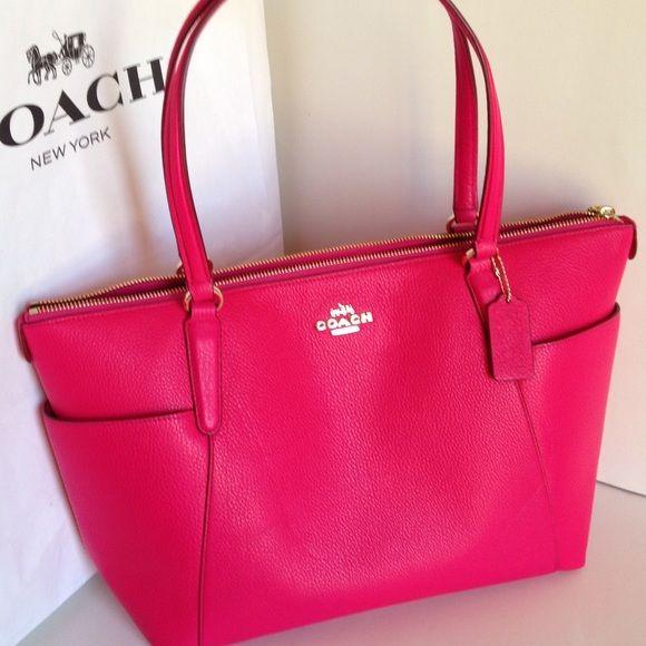 Coach Purse With Side Pockets: FINAL SALE!♥️NWT Coach Pebble Leather Handbag NWT