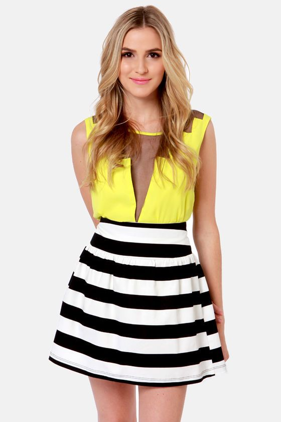 expand your horizon tal striped black and white skirt