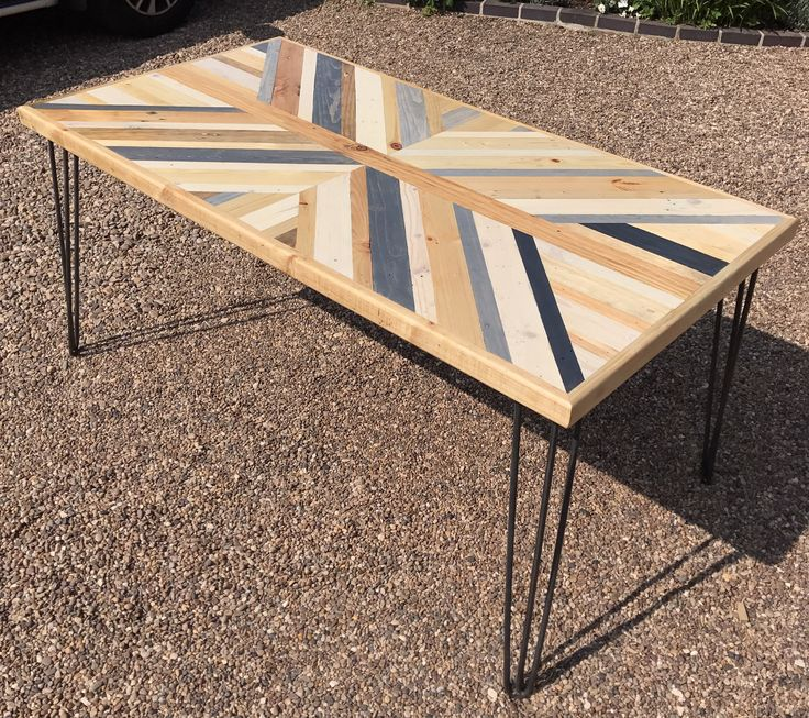 Reclaimed Pallet Wood 6 Seater Dining Table