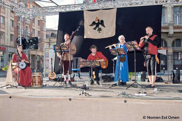 Nomen Est Omen participa la Zilele Mihai Viteazul 2014 din Craiova, la o zi după încheierea Festivalului International Shakespeare.