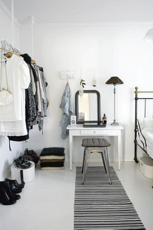 bedroom - whites