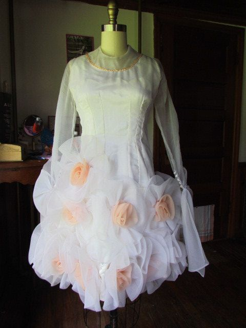 RARE vintage RAGGI Florida Designer High Fashion 1980's Grand Ole' Opry Prom wedding Dress Rumba Frou Frou Prissy Sissy