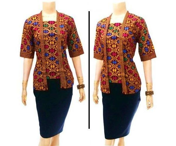 bolero batik kerja dengan bahan katun. blus wanita yang cocok dipakai oleh wanita modern.