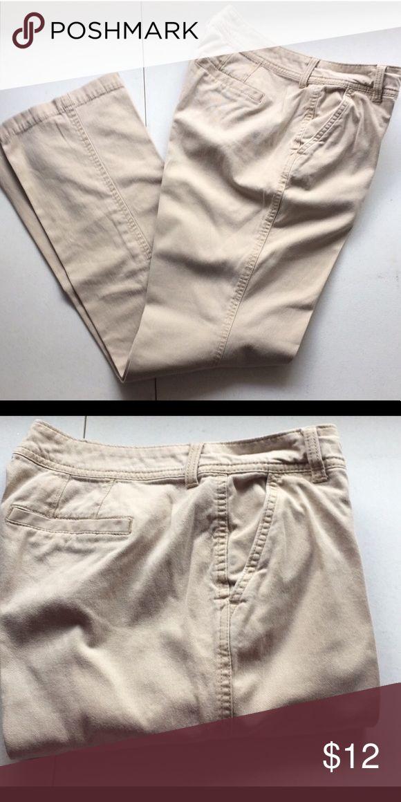 American Eagle Outfitters men's khakis American Eagle Outfitters men's khaki pants size 28x30 American Eagle Outfitters Pants Chinos & Khakis