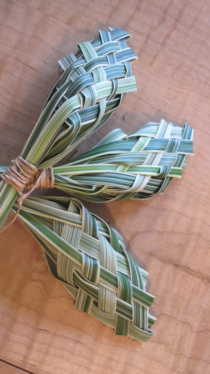 woven lily grass by Chic Floral Design