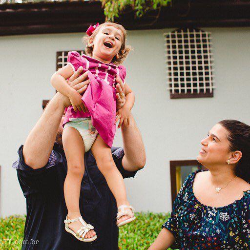 Crianças são as inovadoras do mundo ✨ cada segundo que passamos com uma criança é um aprendizado. A Sofia é uma menina muito livre, e seu aniversário só refletiu tudo o que ela e sua família linda são. Transbordou luz, afeto e amor! Amei fazer parte desse momento tão especial 💖 Mais dessa história linda e inspiradora no blog: www.nathalialovati.com.br 🌻
