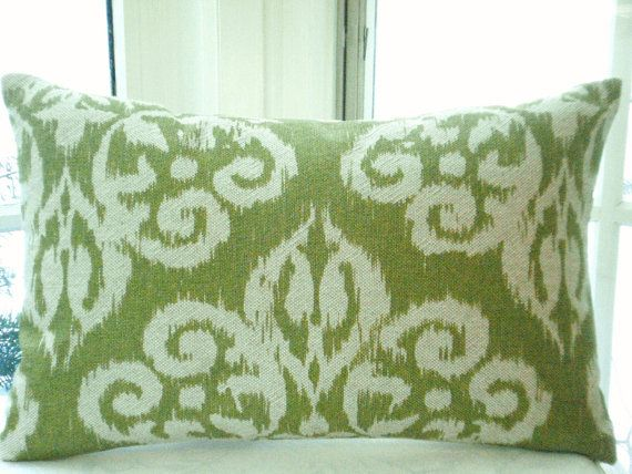 IKAT-Throw Lumbar Decorative Pillow Cover -Designer Fabric - Ikat Medallion--Apple Green / Ivory Lime Accent /Toss Pillow-Bed /Sofa Pillow via Etsy & 71 best Textile...! images on Pinterest | Cushion covers Cushions ... pillowsntoast.com