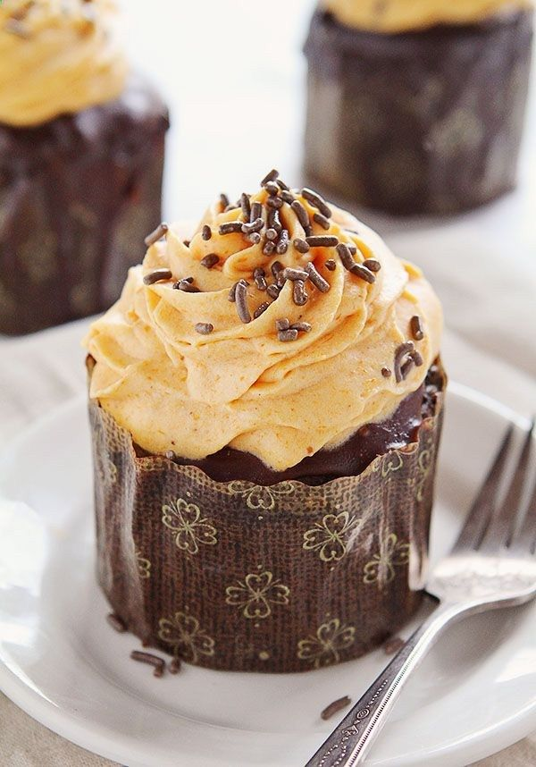 Chocolate Pumpkin Cupcakes with Pumpkin Whipped Cream #cupcakes .