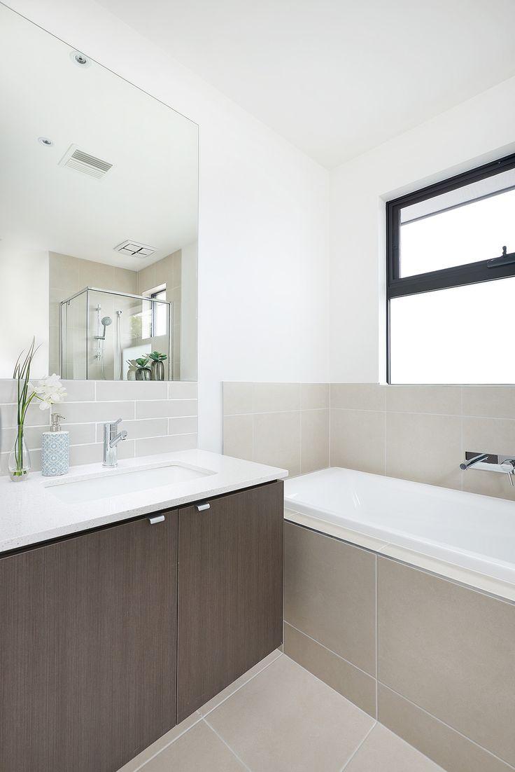Ormond 27 bathroom.