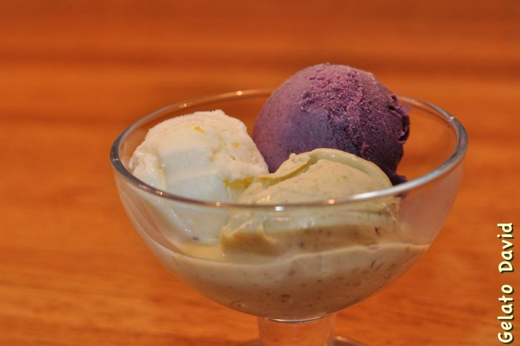 "Make Your own Pistachio ice cream (David Ekholm's ""secret"" hobby) http://davidekholm.jalbum.net/Pistachio/"
