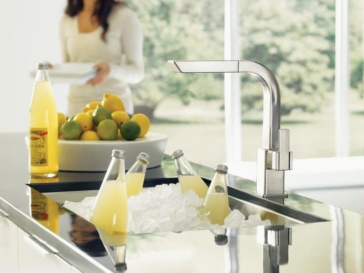 Moen 90 Degree Classic Stainless One Handle High Arc Pullout Kitchen Faucet  Kitchen Faucets