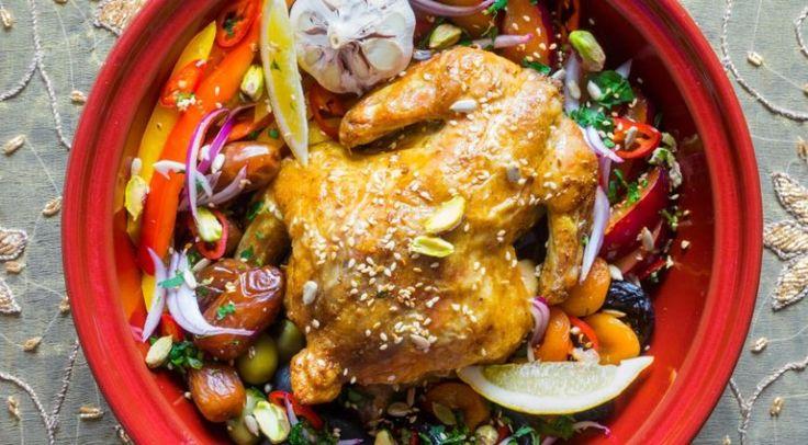 Легкое блюдо с насыщенным, богатым ароматом: цыпленок в тажине