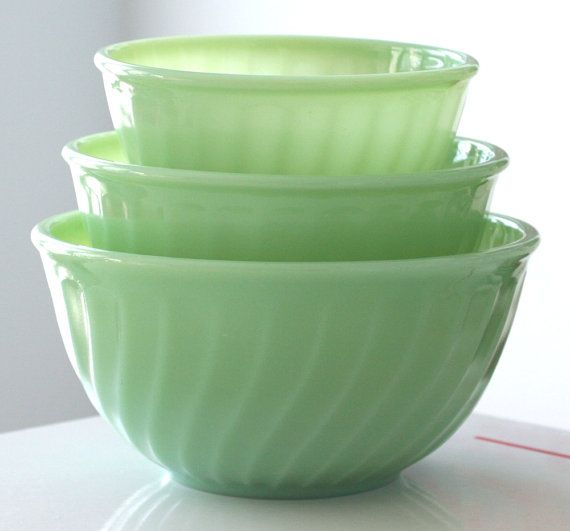 Jadeite swirl bowls - LOVE (Mom had the set until baby sister pulled them off the shelf onto cement floor!)