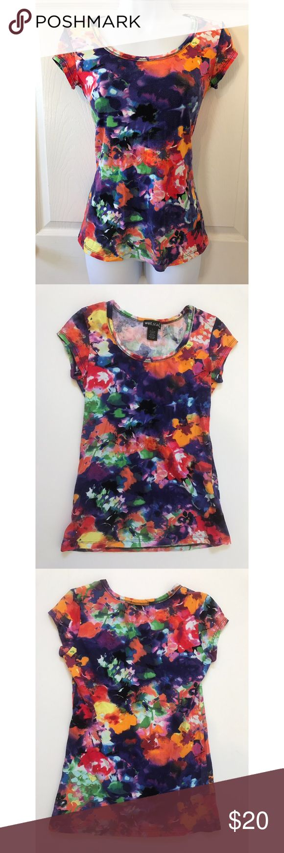 NWOT Wet Seal Floral Tee Bright and fun floral tee shirt by wet seal. Paint style flowers of all colors perfectly splashed across this tee. Perfect for spring and summer:) 95% cotton 5% spandex Wet Seal Tops Tees - Short Sleeve