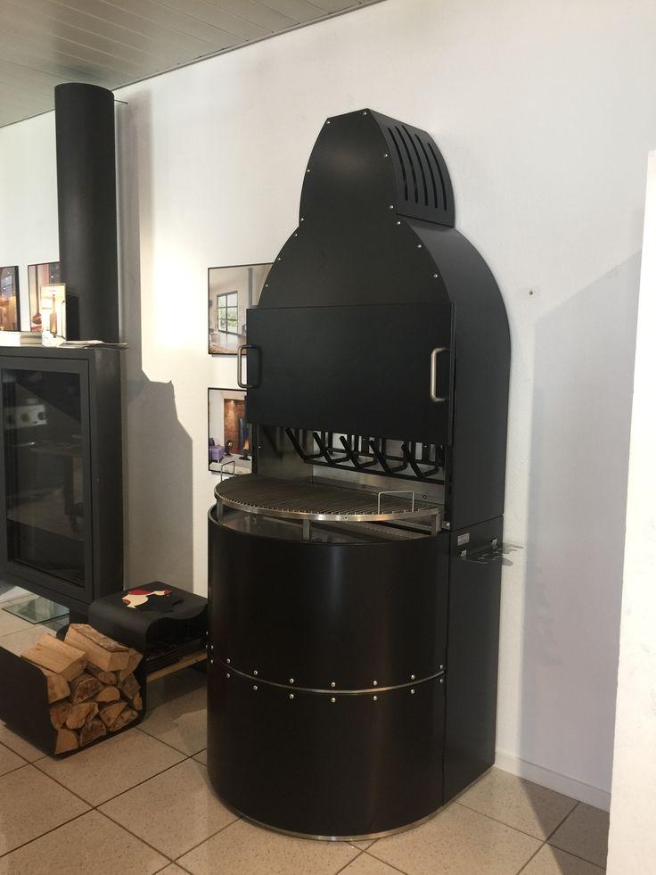 Vesuvio traditional grill version.  Rezzonico Showroom in Switzerland