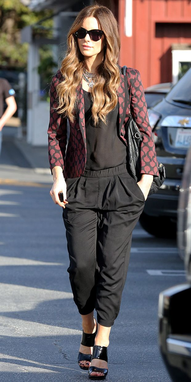 @Who What Wear - Kate Beckinsale Inspires Our Next Weekend Outfit.