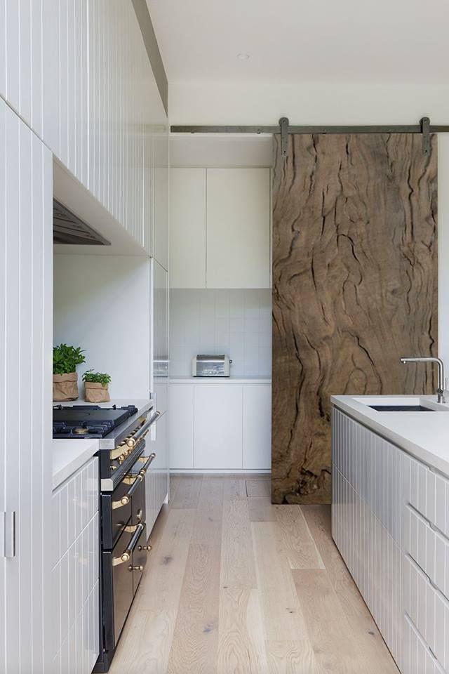 Sliding doors Bog Oak 800-6500 years old office@riverwood.eu Designed by Davide Del Gallo