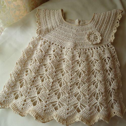 Girl dress in cotton - http://www.beautifuldiy.net/girl-dress-in-cotton