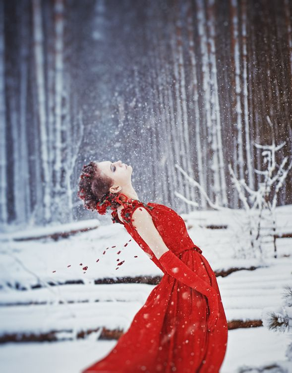 Red dress in the snow. Love!