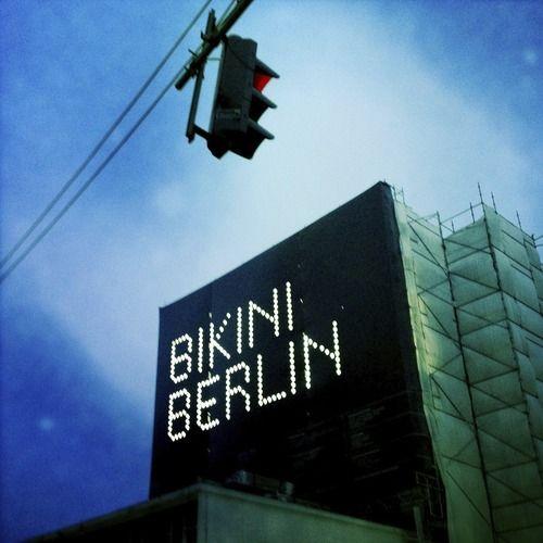 Bikini Berlin - Een nieuw warenhuis dat binnekort opengaat. Eerste conceptmall in de wereld. Jammer dat het nog niet open was, ik ben er heel erg benieuwd naar.