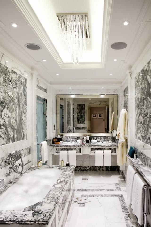 What Defines a Luxury Hotel? Compare Your Musts with Ours: Luxury Hotel Bathroom Features