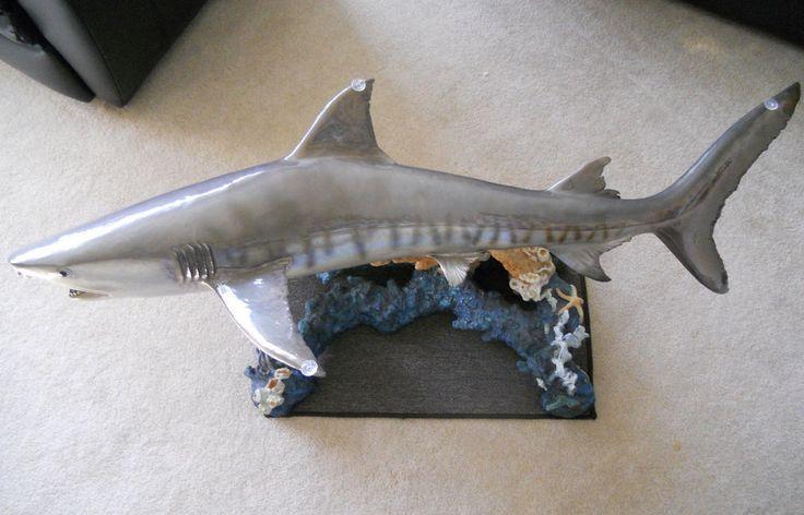 Wyland Galleries Tiger Shark Table LTD 19/450