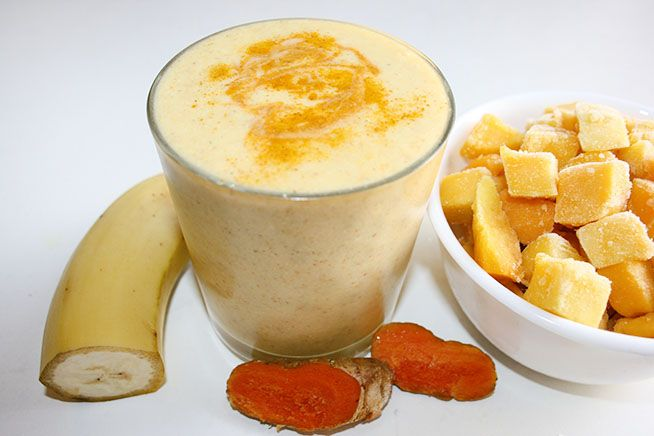 Turmeric Mango Smoothie  1 cup (about 1) mango (frozen or fresh)  1/2 banana  1.5 cups/375 ml almond milk  1 tsp coconut oil  1 tsp white chia seeds  1/2 tsp turmeric powder (or 1 tsp of fresh, finely grated)  1/2 tsp cinnamon  1/4 tsp chilli (optional)