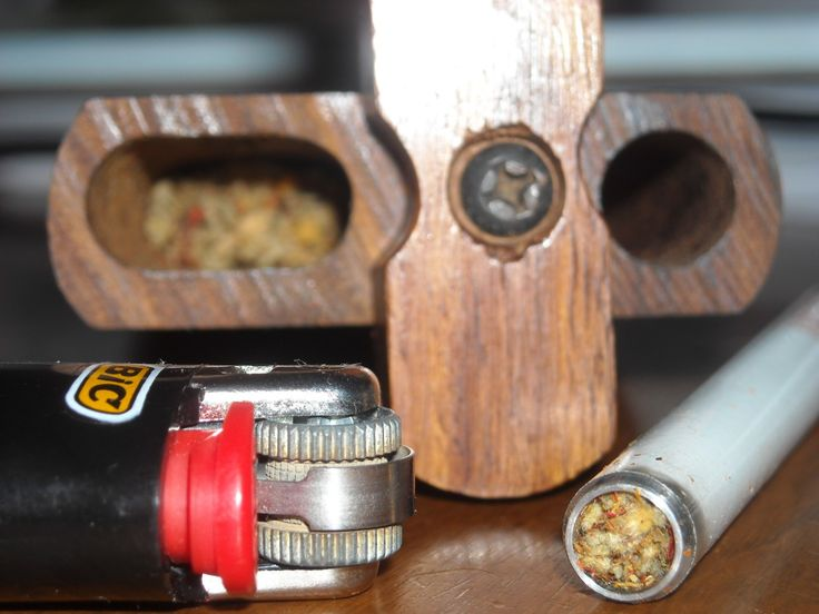 Funny, I had one of these in the 80's .....The Dugout With Lighter And One Hitter From RedEyesOnline.com
