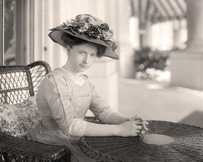 """Helen """"Nellie"""" Taft - William Howard Taft's wife was the FIRST first lady to own and drive a car, to ride in her husband's inaugural parade, to support women's suffrage, to publish her memoirs, to smoke cigarettes, and successfully lobby for safety standards in federal workplaces.  She was a better woman...than he was a president!"""