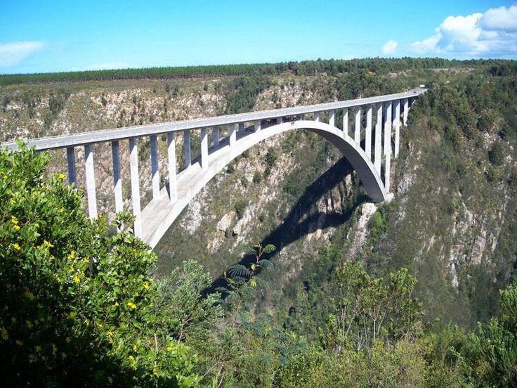 Bloukrans Bridge - South Africa - Bungee Jumped!!
