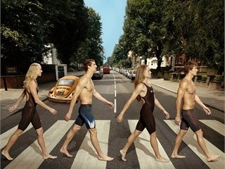Phelps and Team USA gang strut Abbey Road