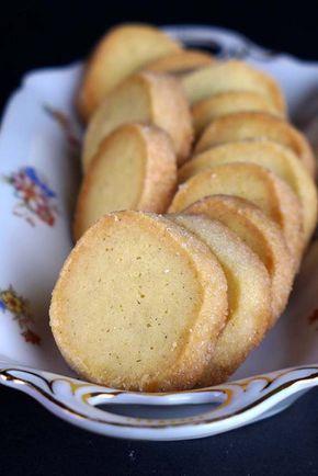 Cómo hacer unas fáciles, ricas y sabrosas galletas de mantequilla tipo las danesas. Aquí te lo explico.