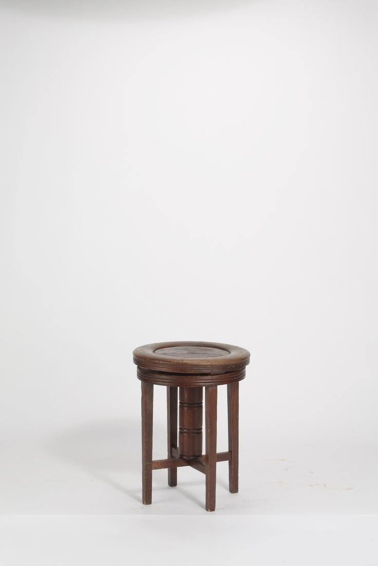 entwurf unbekannt klavierhocker um 1910 chairs pinterest piano stools and design. Black Bedroom Furniture Sets. Home Design Ideas