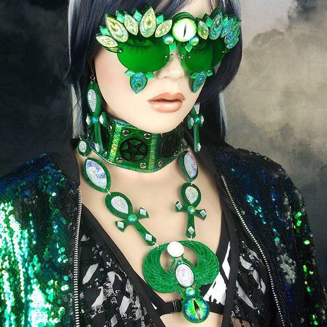 #green #emerald #pentagram #collar  AB #rhinestone #sunglasses  #emerald #pearl #opal #ank and #scarab set  #yokaicandy .  .  .  .  .  #sequin #greengreen #peacock #jade #malachite #goth #gothgoth #gothgothgoth #witchhouse #witch #egyptian #thirdeye #evileye #alieneyes #dragon #japanesestreetfashion #gothfashion