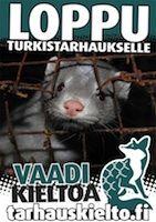 Erilaisia eläinoikeusaiheisia tarroja ja julisteita.